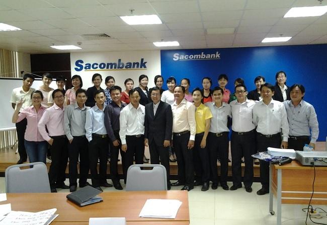 Đội ngũ cán bộ nhân viên của Sacombank thường xuyên được đào tạo nâng cao trình độ