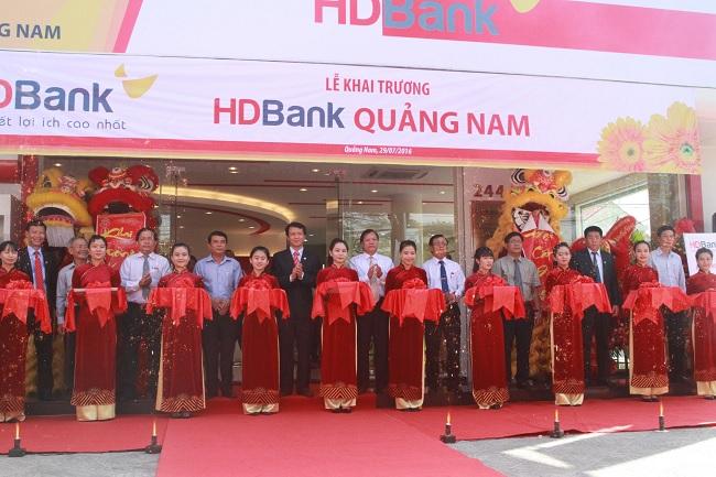 Khai trương chi nhánh ngân hàng HDBank