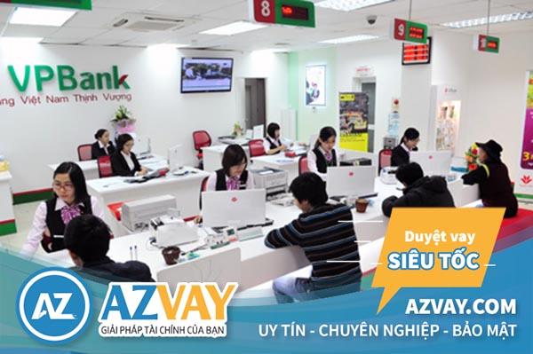 Khách hàng được hỗ trợ vay kinh doanh VPBank với đa dạng tiện ích.