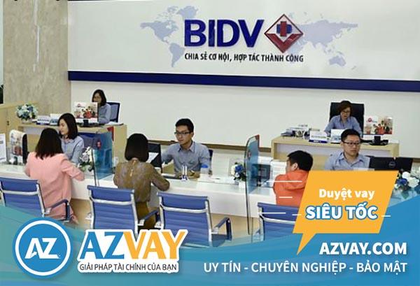 Khách hàng vay tín chấp theo lương tại BIDV