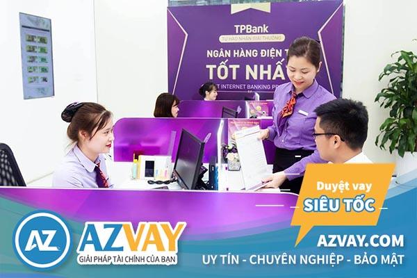 Khách hàng vay tín chấp theo lương tại TPBank sẽ được hướng dẫn tận tình