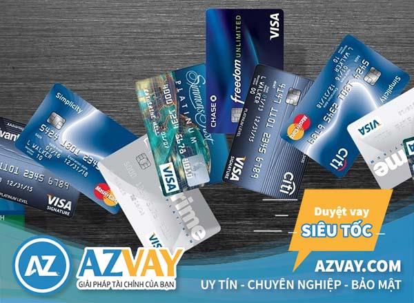 nên dùng thẻ tín dụng của ngân hàng nào