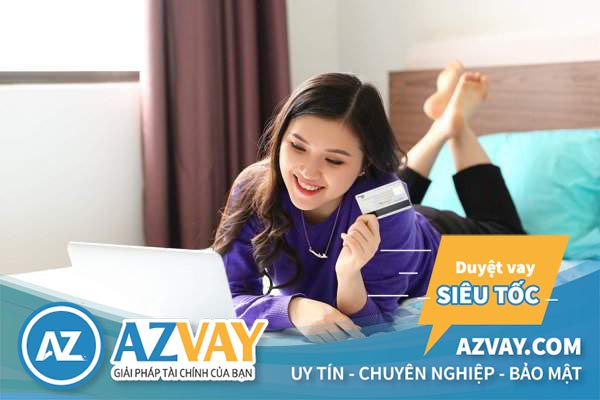 Mở thẻ tín dụng online giúp khách hàng tiết kiệm thời gian và công sức