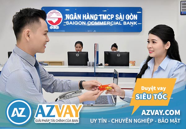 Khách hàng có thể đăng ký làm thẻ tín dụng SCB tại quầy giao dịch của ngân hàng