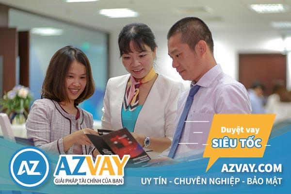 Khách hàng có thể tìm đến chi nhánh ngân hàng Bản Việt để làm thẻ tín dụng