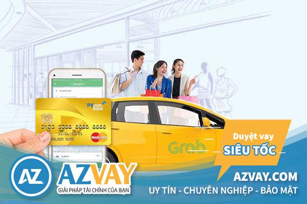 Khách hàng có thể thỏa sức mua sắm, thanh toán online qua thẻ tín dụng PVcombank