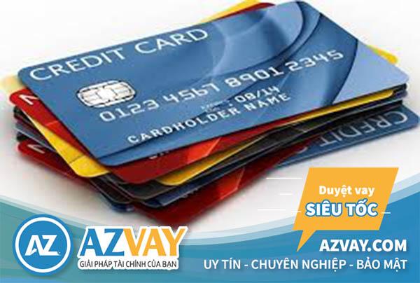 Làm quá nhiều thẻ tín dụng mà không sử dụng đến sẽ gây lãng phí