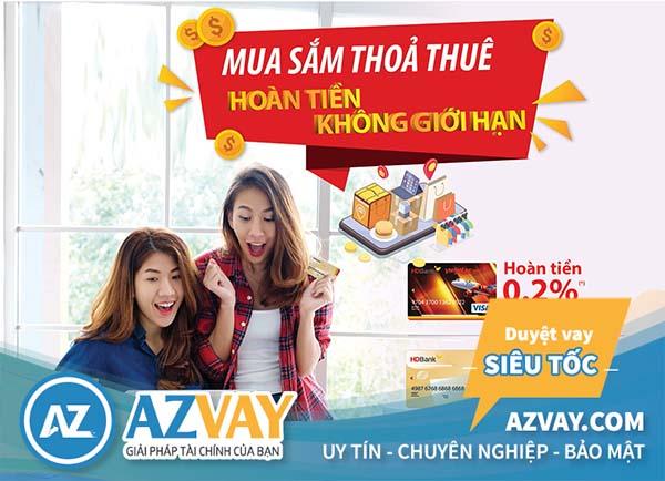 Với thẻ tín dụng, khách hàng tại Đồng Nai có thể thỏa sức mua sắm và thanh toán online.