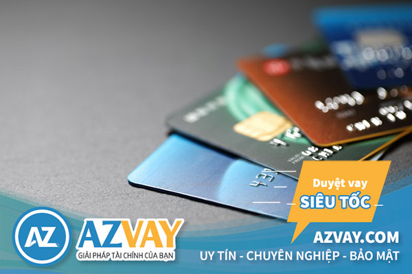 Cả 2 loại thẻ đều có chức năng rút tiền và thanh toán