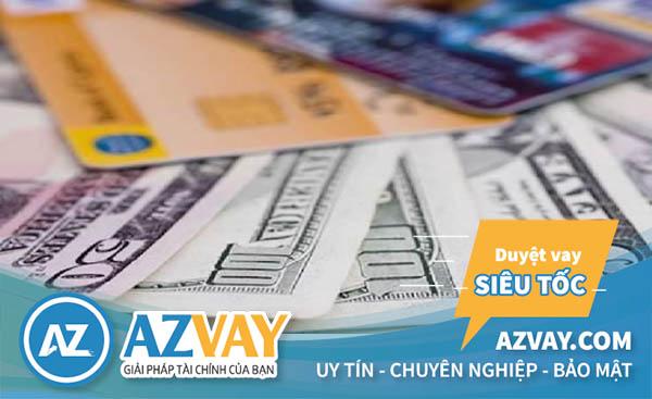 Bnaj sẽ phải trả mức phí từ 50000-100000 khi làm thẻ ngân hàng