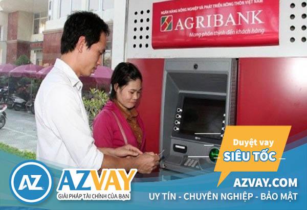 Rút tiền thẻ tín dụng Agribank tại ATM