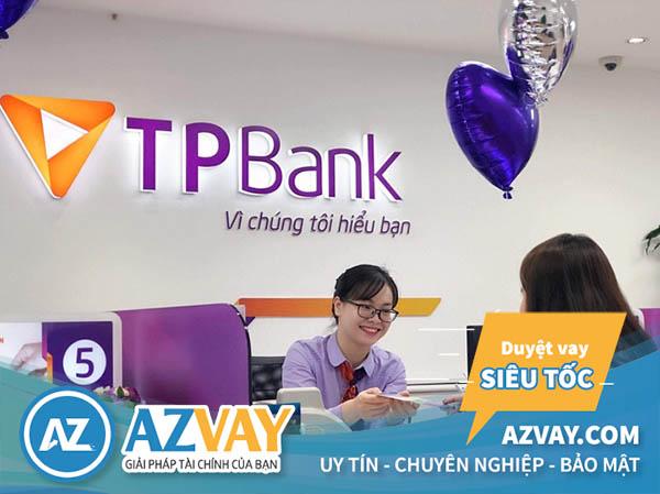 Rút tiền thẻ tín dụng ngân hàng TPBank tại quầy giao dịch ngân hàng