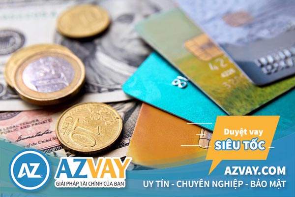 Khách hàng hoàn toàn có thể vay tiền qua thẻ tín dụng ngân hàng