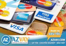 Rút tiền thẻ tín dụng có mất phí không? Ngân hàng nào rẻ nhất?