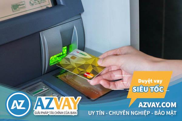 Có thể rút tiền thẻ tín dụng tại ATM khác ngân hàng