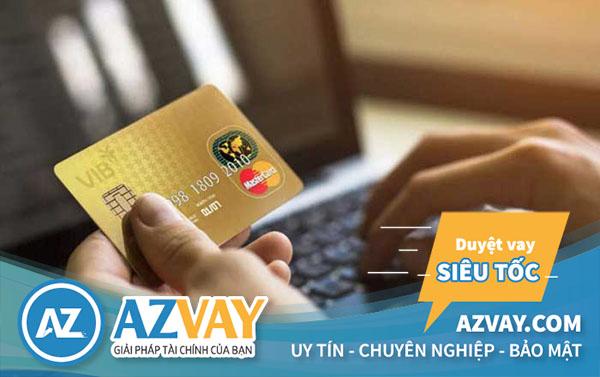 Khách hàng không nên sử dụng  các dịch vụ rút tiền thẻ tín dụng online